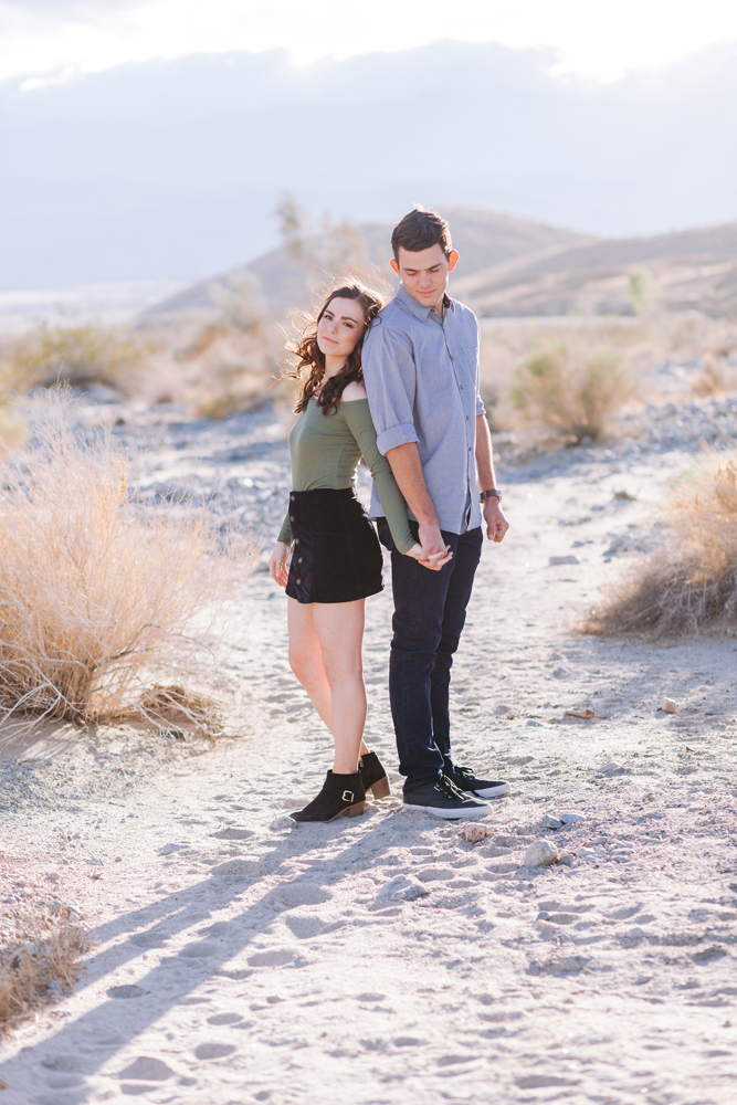 indio couple desert