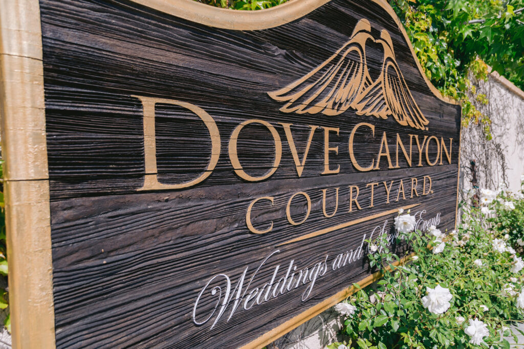 dove canyon courtyard sign
