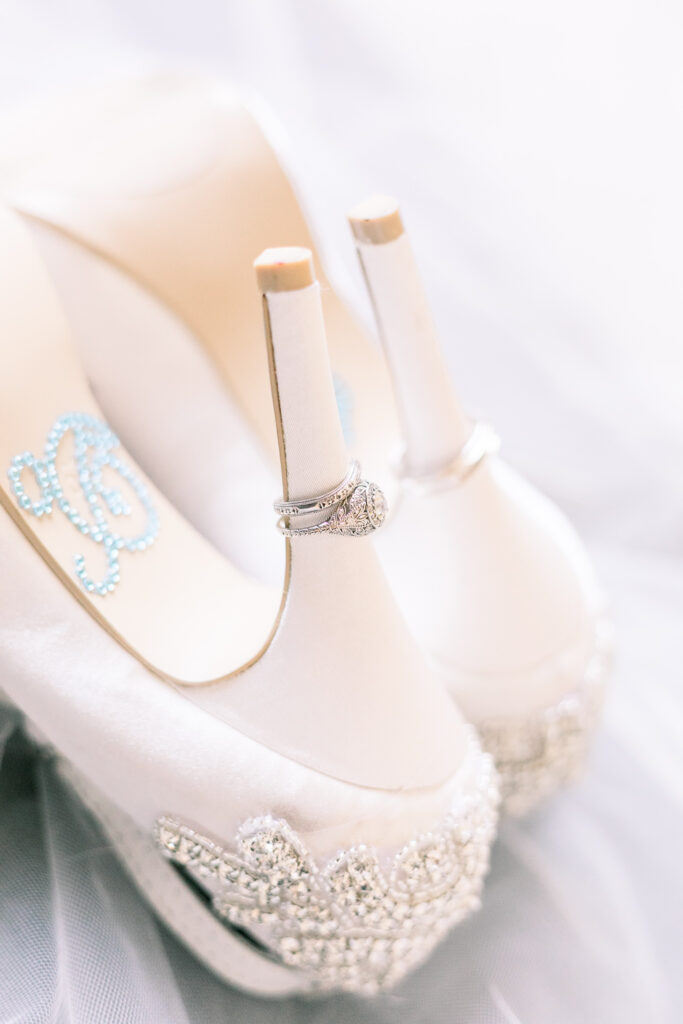 vintage glam wedding shoes rings