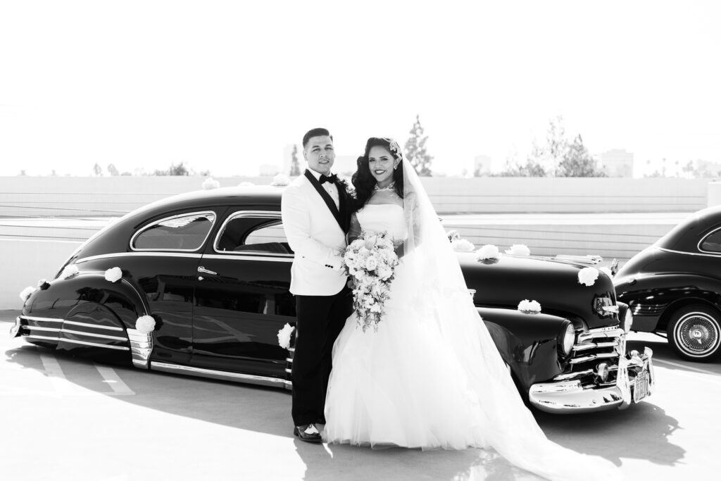 vintage wedding couple cars