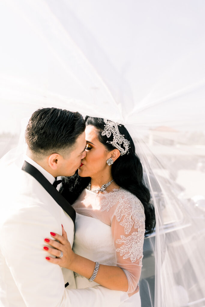 vintage wedding couple portraits