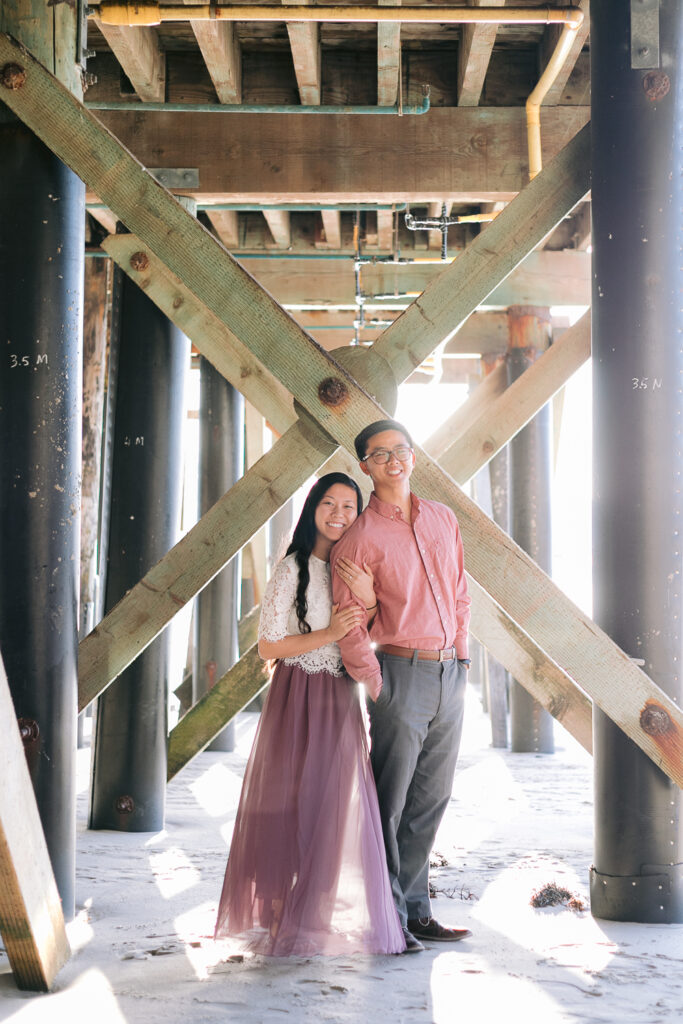 beach engagement photo san clemente pier